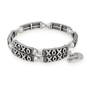 NWT Alex and Ani XOXO Wrap Bracelet